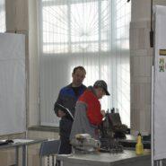 4 фото соревнований по компетенции «Ремонт и обслуживание легковых автомобилей»