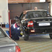 8 фото соревнований по компетенции «Ремонт и обслуживание легковых автомобилей»